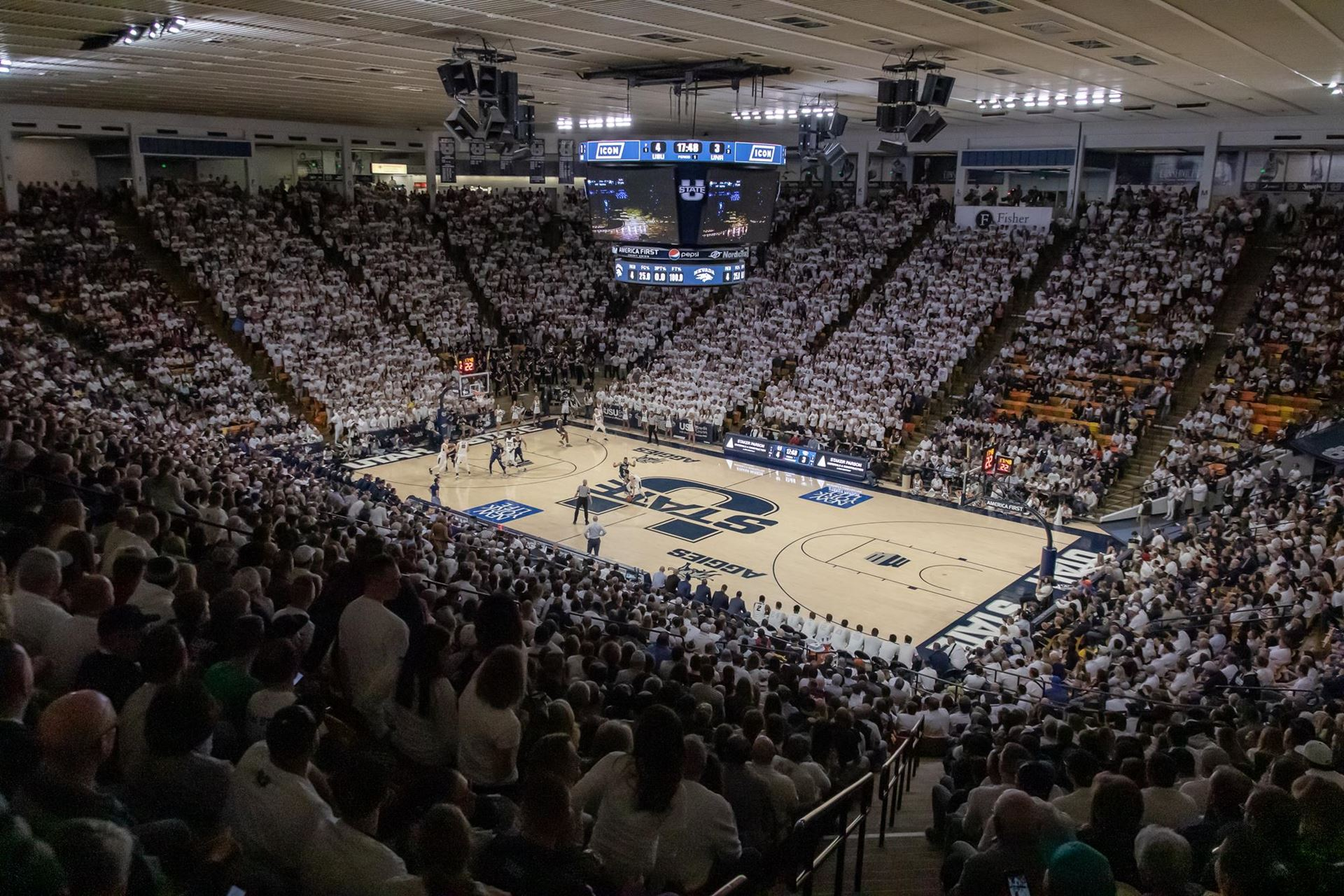 Utah State Basketball Stuffing the Spectrum with Stuffies